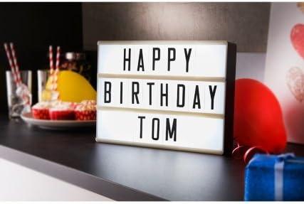 Feliz cumpleaños Tom cine caja de luz – por pajee TM: Amazon.es: Bebé
