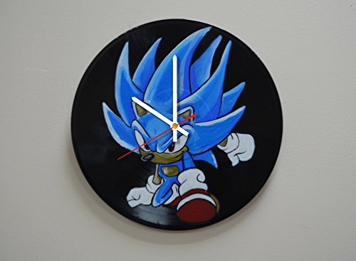 [Hedgehog Design HANDPAINTED Vinyl Record Wall Clock - Get Unique Home or Office Wall Decor - Gift Ideas For Men and Women, Boys and Girls - Unique Video Game Fan] (Female Videogame Characters Costumes)