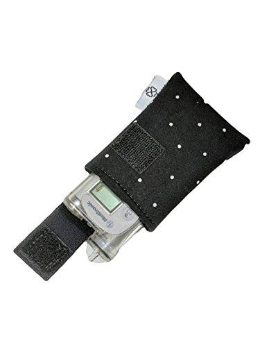 PumpCases-Designer-Insulin-Pump-Case-w-Carabiner-Clip-Med-670G-BW-Polkadot