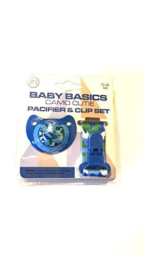 (Baby Basics Camo Cutie Pacifier and Clip Set)
