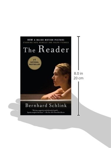 Why does the character Hanna in Bernhard Schlink's Reader never learn to read?