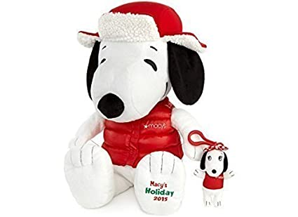 Amazon Com Macy S 2015 Holiday Snoopy Plush By Macy S Toys Games