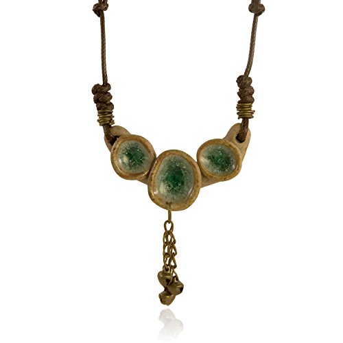 (I's Hand Crafted Vintage Style Green Glaze Ice Crack Porcelain Triple Wishes Necklace)