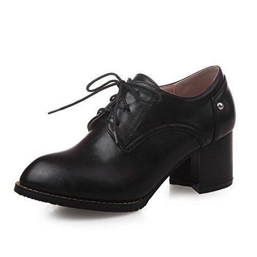 AllhqFashion Damen Rein PU Leder Mittler Absatz Ziehen auf Pumps Schuhe Schwarz
