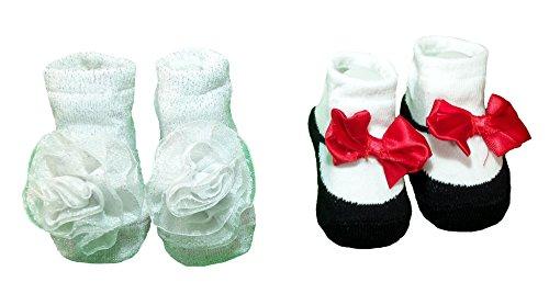 (Baby Essentials Girls Baby/infant Bootie Socks (Silver Sparkle))