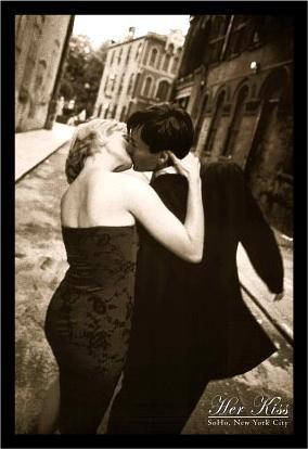 BAW90002 36x24 1.25 Black Framed Her Kiss - Soho New York 36X24 Romantic Art Print Poster Black & White Photograph Nyc (Buy Black White Photographs)