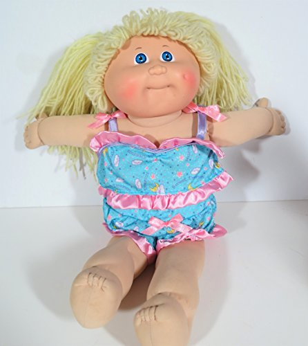 VINTAGE 1982 CABBAGE PATCH Yarn Hair Doll (Blonde) in 2pc. Pajamas