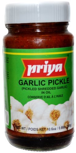 Priya Garlic Pickle - 10.6oz