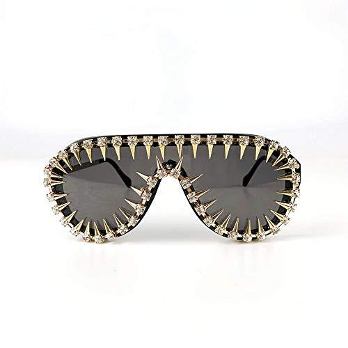 MINCL/One-piece Diamond Rivet Punk Rocker Large Shield Fashion