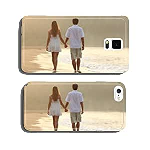 Couple walking and holding hands on the sand of a beach cell phone cover case Samsung S5