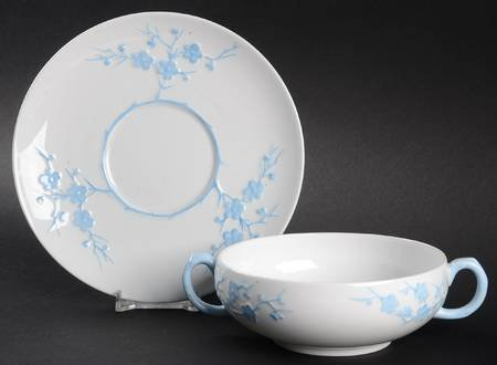 Spode Copeland Blanche de Chine Geisha Blue Footed Cream Soup Bowl & Underplate