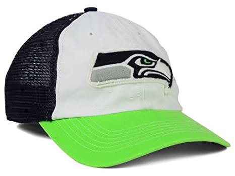 432d6d815cfa5 Amazon.com   Seattle Seahawks Flex Fit Small   Medium NFL Authentic ...