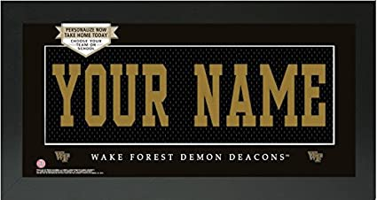 Amazon.com: Wake Forest Demon Deacons NCAA playera placa ...