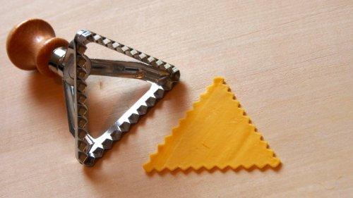 Triangle Ravioli Cutter 3'' by Eppicotispai