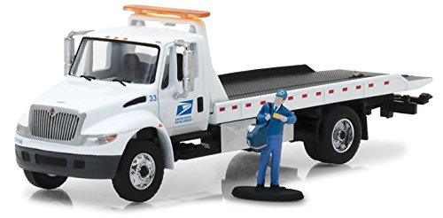 2013 International Flatbed Durastar Tow Truck USPS with Mailman Figure HD Trucks Series 11, 1/64 Diecast Model by GreenLight 33110B