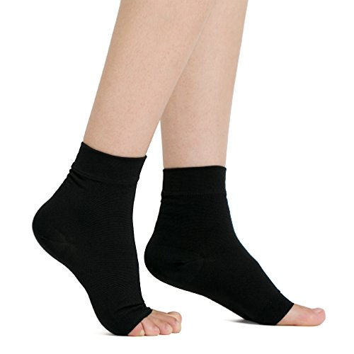 (JENYYEN Plantar Fasciitis Socks,Foot Care Compression Sock Sleeve - Arch & Ankle Support for Men & Women (1 Pair, Black) (S (6-8 Inch)))