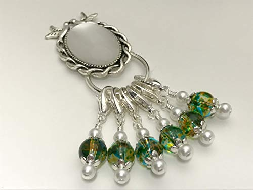 (Removable Stitch Marker Charms & Holder Kissing Doves)