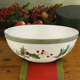 Christmas Tablescape Decor - Lenox Holiday Gatherings Berry All Purpose Serving Bowl