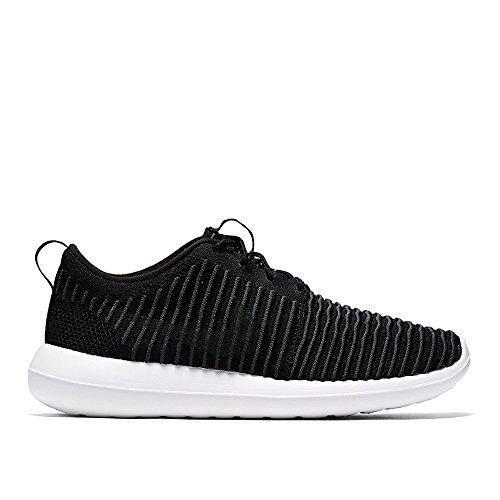 Nike Men's Roshe Two Flyknit Running Shoes