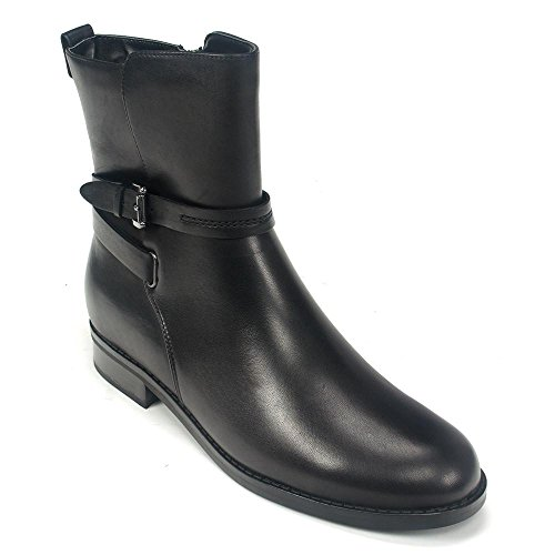 Blondo Zena Black Waterproof Boot Size 8 US