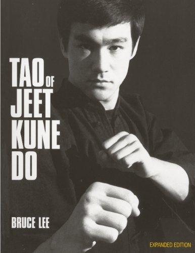 Tao of Jeet Kune Do by Bruce Lee (2011-11-01)