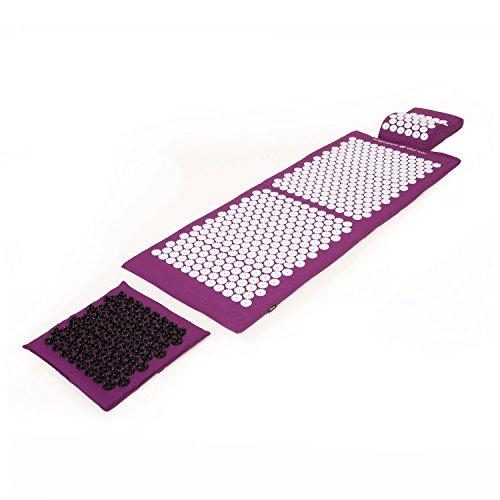 Akupressur-Set DELUXE Aubergine: Akupressurmatte (130 x 50cm) Akupressur-Fußmatte & -Kissen im günstigen Set, Entspannungsmatte, Fußreflexzonen-Massage