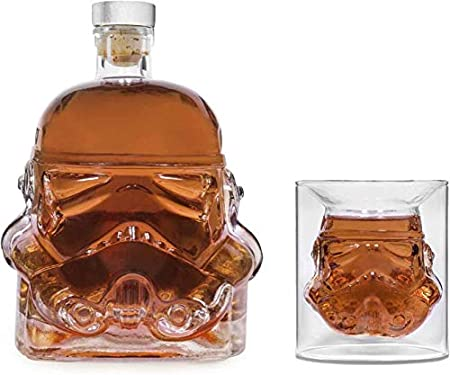 Bkuter Bottle - Jarra de whisky creativa transparente para whisky, vodka y vino, 1 botella Stormtrooper (750 ml) y 2 vasos (8,5 x 9,5 x 9 cm)