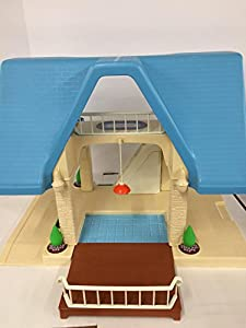 Amazon Com Vintage Little Tikes Dollhouse With Blue Roof