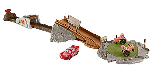 Disney Pixar Cars Playsets - Disney Pixar Cars Smokey's Tractor Challenge Playset