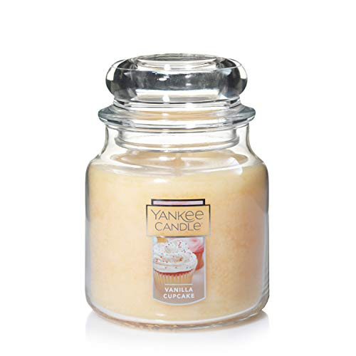 Yankee Candle Vanilla Cupcake, Highly Scented Classic Glass Jar Candles, Medium 5 Inches, 14.5 OZ