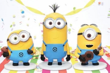 Minion Cake Kit - Make Your Own Standing Cake - -