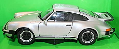 Amazon.com: Porsche 911 Turbo 3.0, silver, 1974, Model Car, Ready-made, Welly 1:24: Welly: Toys & Games