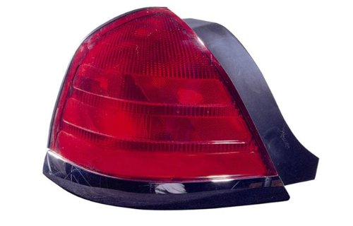 Ford Crown Victoria Driver Side Replacement Tail Light (Ford Crown Victoria Lx Drivers)