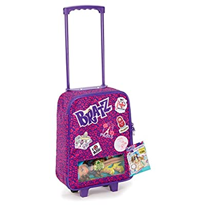 Bratz Study Abroad Case with Yasmin Doll: Toys & Games