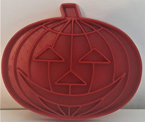 Tupperware Jack-O-Lantern(Halloween Pumpkin) Shaped Vintage Cookie Cutter