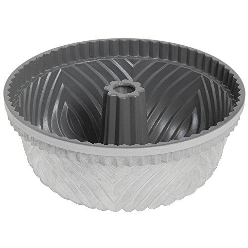 nordic-ware-bundt-pan-bavaria-10-cup