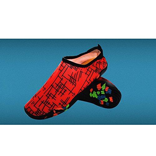 MStar Unisex Atmungsaktiv Wasserschuhe Leichte Aquaschuhe Schnell Trocknend Weicher Wassersport Schuhe in 6 Farben Rot