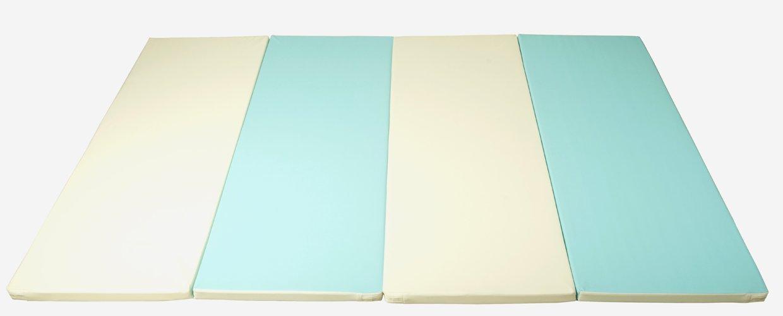 Alfombra de juego myplaymat Quad 140  200 cm; 40 mm de acolchado; Azul claro/vainilla