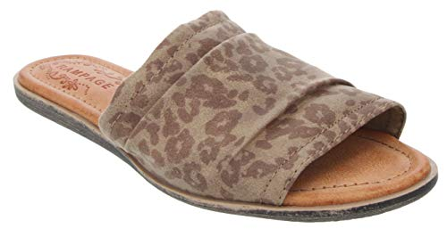 Rampage Women's Ella Sandal Slip On Slide with Ruched Upper and Flexible Bottom Leopard ()