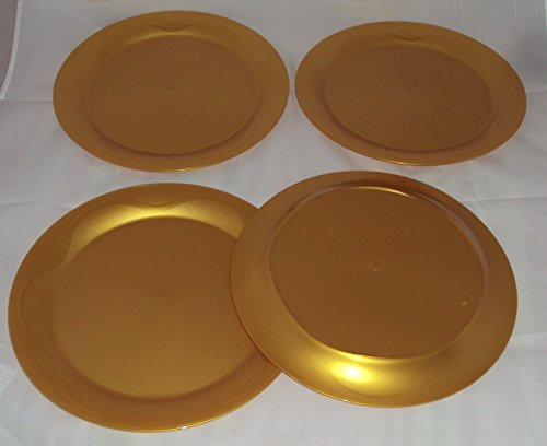 Tupperware Open House Floresta 11 Inch Round Plates in Holiday Gold