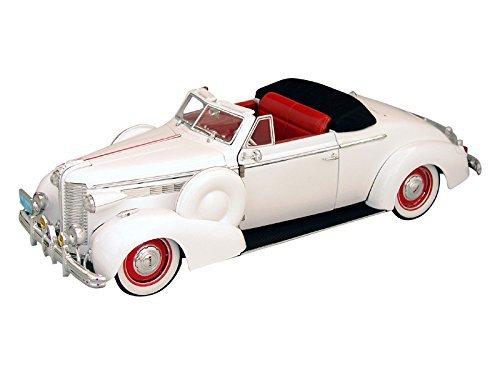 1938 Buick Century Convertible Coupe - 1;18 - Signature Models - Cream Color Buick Century Diecast Model