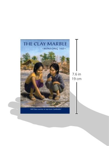 The Clay Marble: Minfong Ho: 9780374412296: Amazon.com: Books