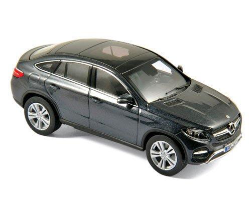 Norev NV183450 1:18 2014 Mercedes-Benz GLA Scaled Model Vehicle