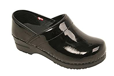 Amazon.com | Sanita Women's Professional Grafiti Mule | Mules & Clogs