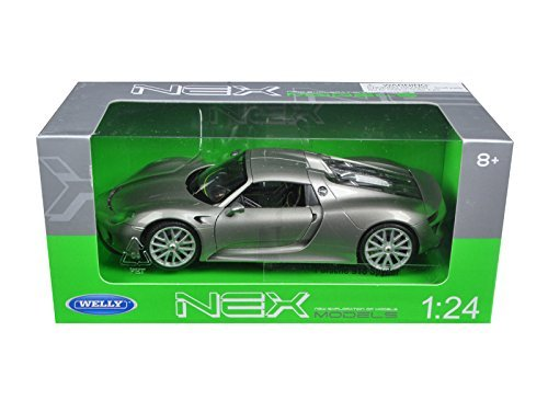 (Welly Porsche 918 Spyder Hardtop 1/24 Scale Diecast Model Car)