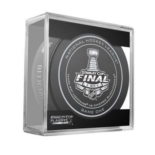 2015 NHL Stanley Cup Final Game 1 Puck in Acrylic Cube - Tampa Bay Lightning VS Chicago Blackhawks