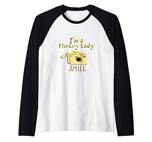I'm a Photo Lady: SMILE Artsy Camera for Women Photographer Raglan Baseball Tee