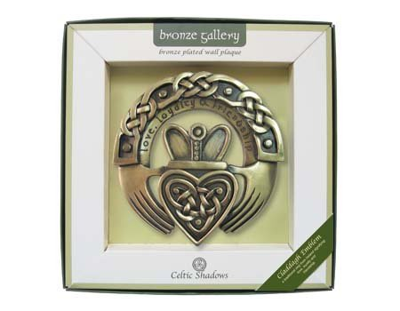 laque With Claddagh Design (Claddagh Wall)