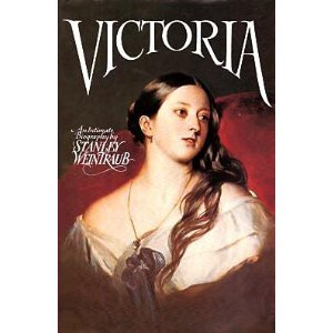 Victoria: An Intimate - N Round Brown
