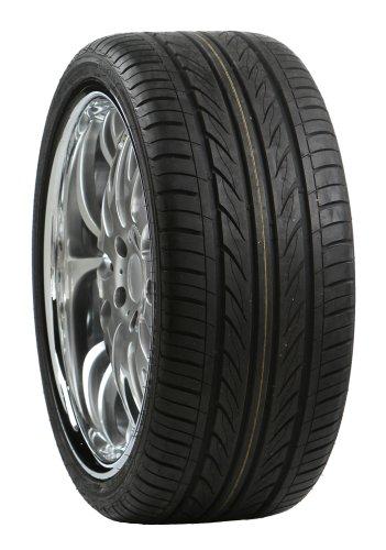 Delinte D7 Performance Radial Tire - 245/35R19 97W